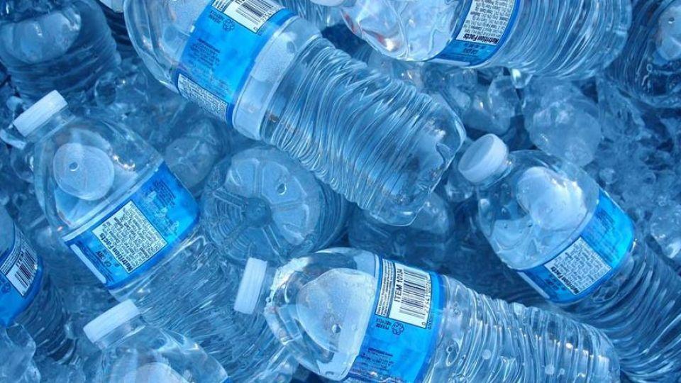 بسته بندی برند آب معدنی